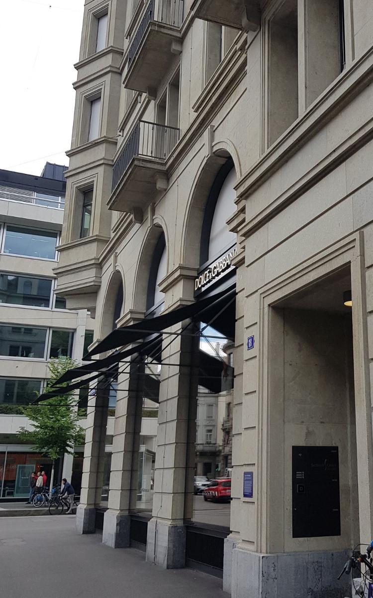 Entrance Börsenstrasse 18