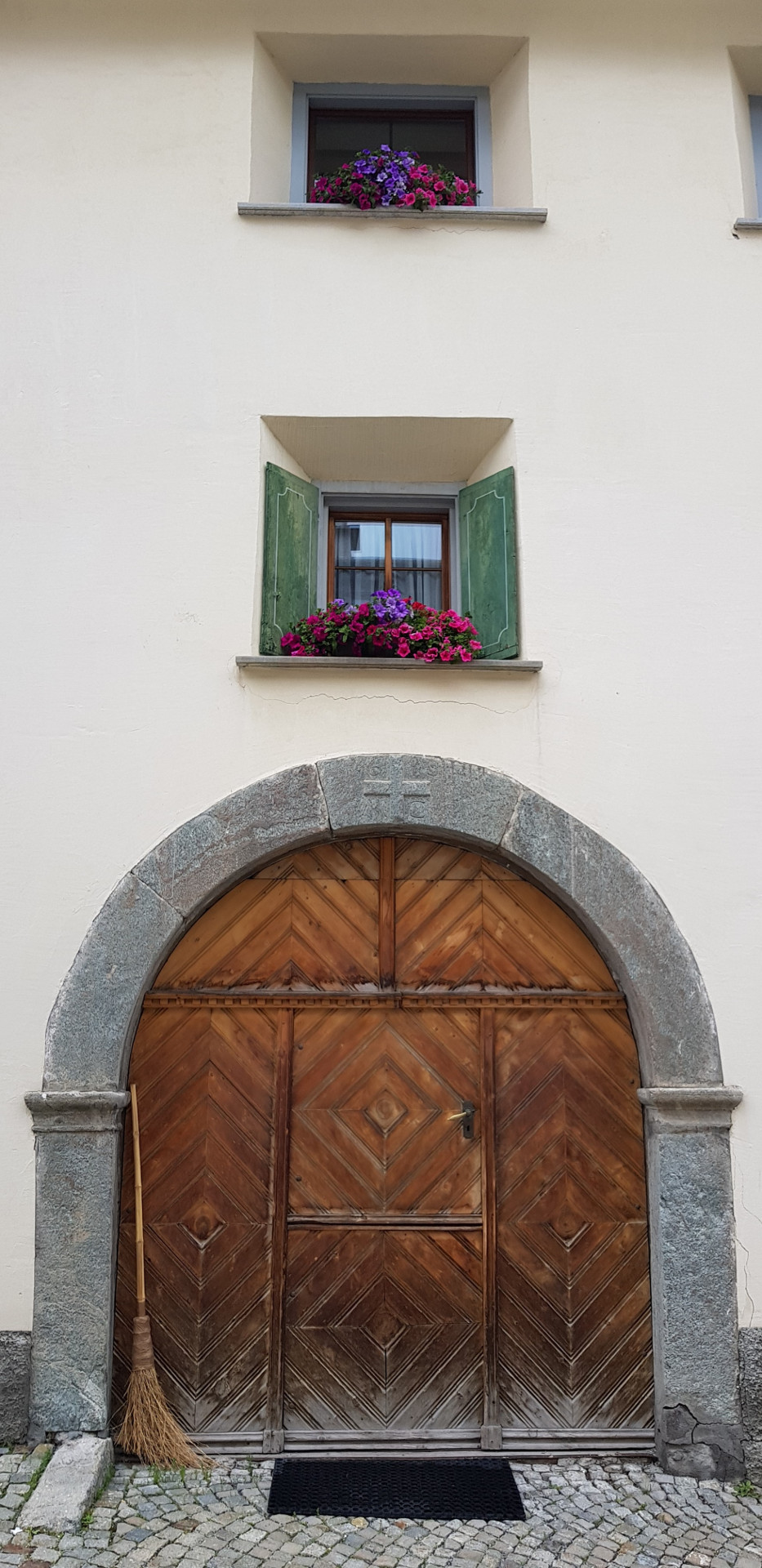 Engadine, Typical House Door2